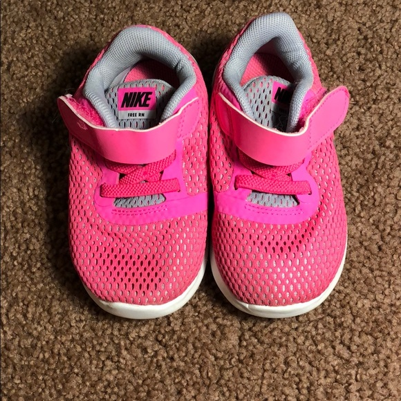 Other - Nike toddler pink shoes 6c